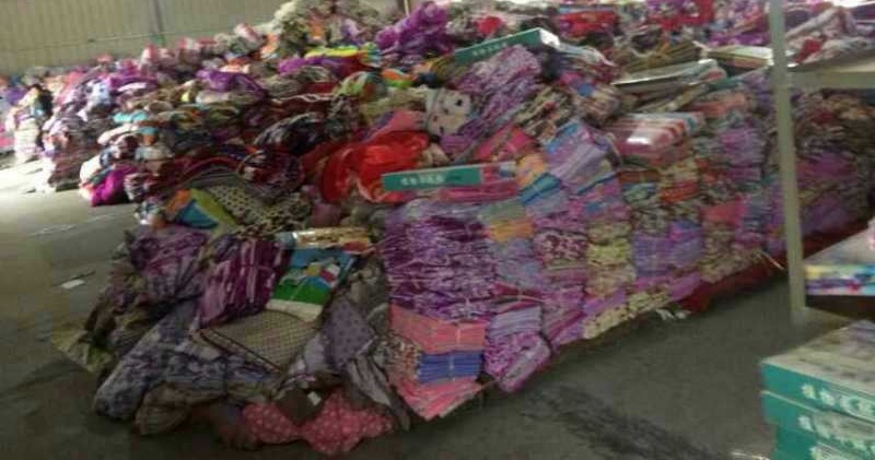 12752 - Bedding, 100 Tons CHINA