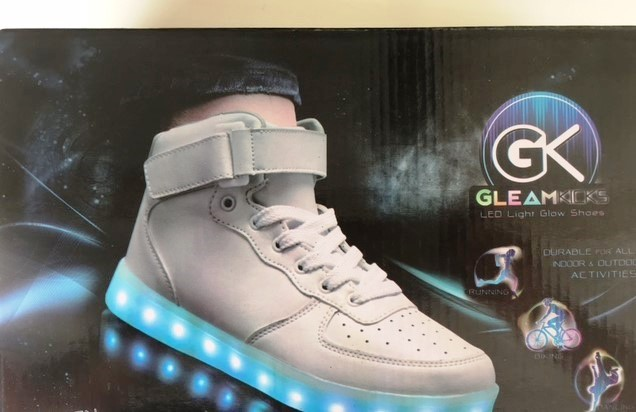 25865 - Gleamkicks Lighted Sneakers USA