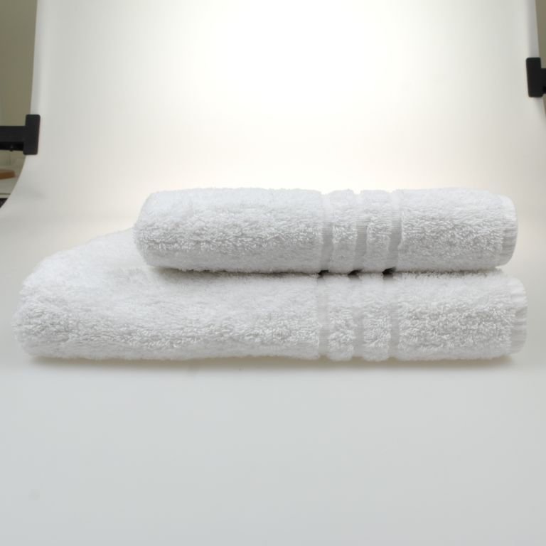 31771 - Towels in super quality color white Europe