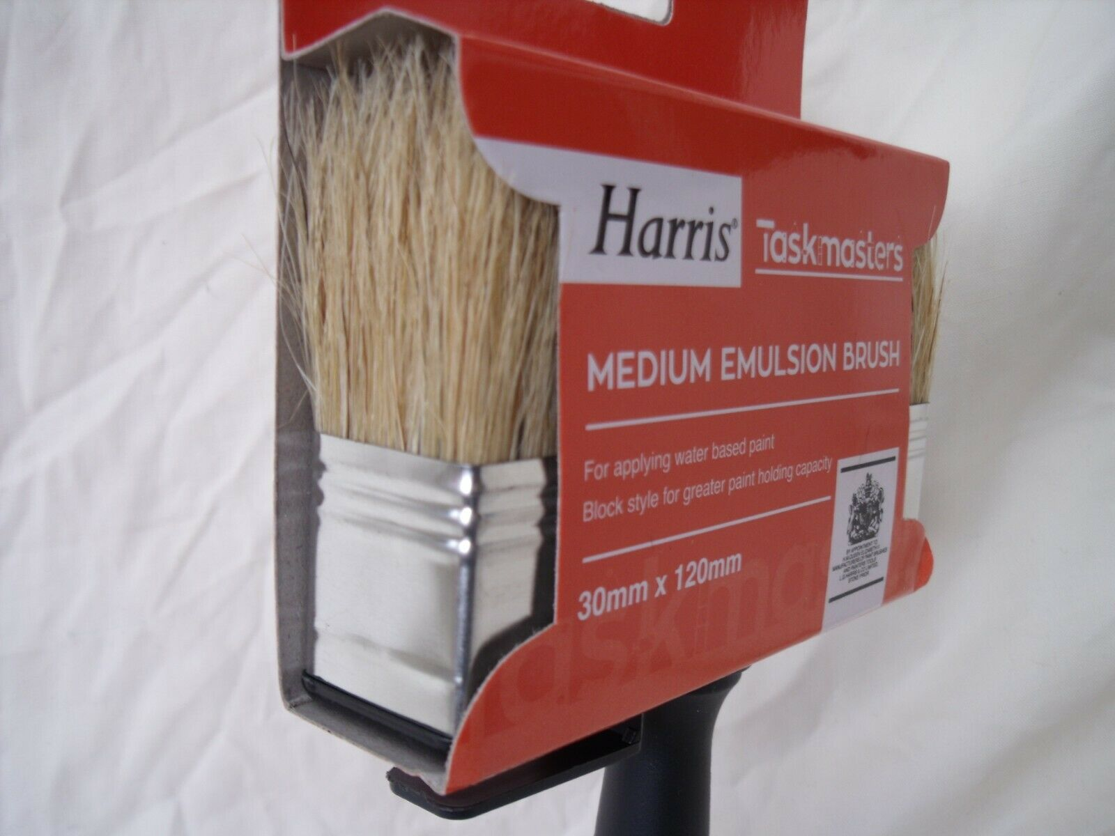 32784 - Harris brushes Europe